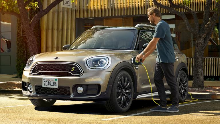 MINI Countryman PHEV charging